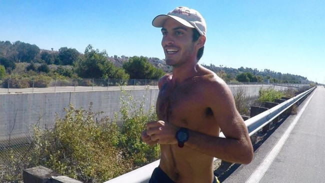 Doing 100K steps a day transformed this runner's body, unsurprisingly