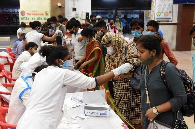 More than 270000 COVID-19 confirmed cases in India